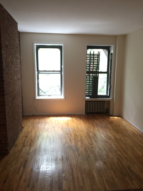 Studio, Yorkville Rental in NYC for $1,775 - Photo 2