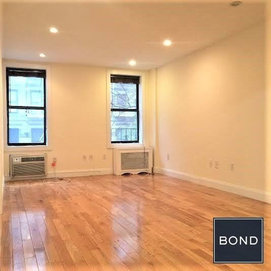 1 Bedroom, Gramercy Park Rental in NYC for $3,600 - Photo 2
