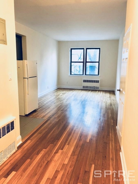 1 Bedroom, Yorkville Rental in NYC for $2,801 - Photo 2