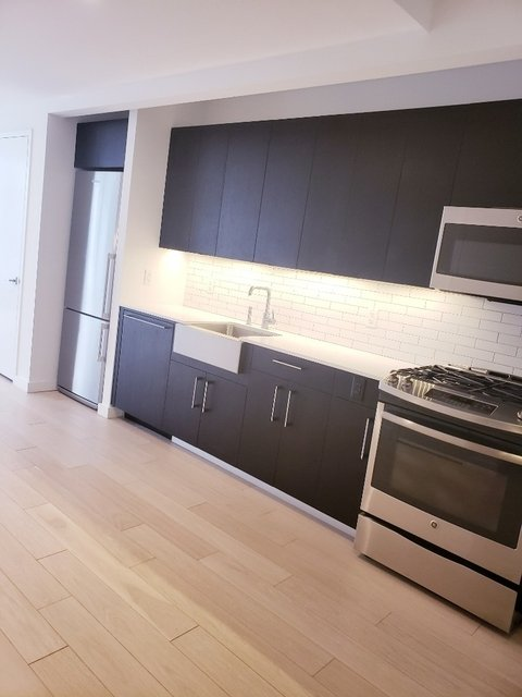 Studio, Hell's Kitchen Rental in NYC for $3,425 - Photo 2
