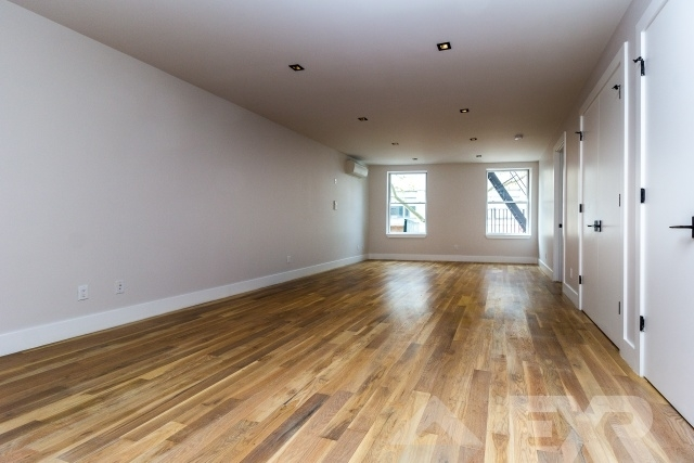3 Bedrooms, Boerum Hill Rental in NYC for $6,125 - Photo 2