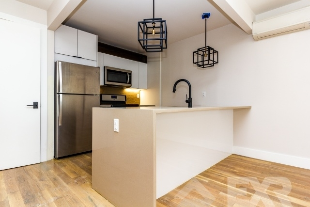 3 Bedrooms, Boerum Hill Rental in NYC for $6,125 - Photo 1