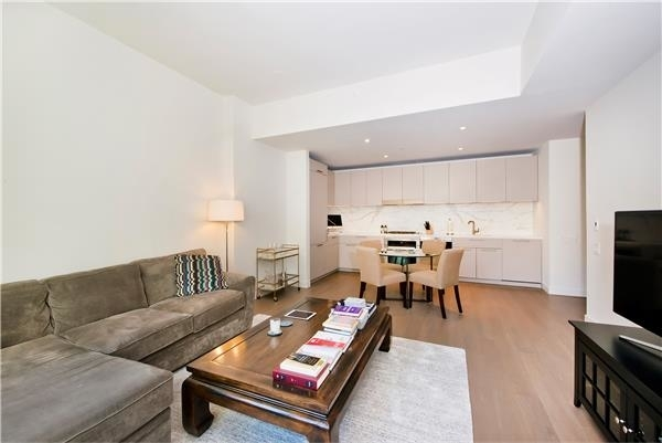 1 Bedroom, Turtle Bay Rental in NYC for $5,300 - Photo 2