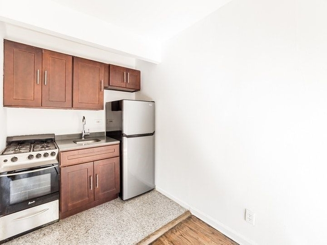 1 Bedroom, Hudson Square Rental in NYC for $2,825 - Photo 2