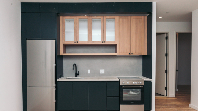 3 Bedrooms, Greenpoint Rental in NYC for $4,584 - Photo 1
