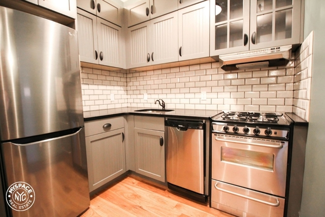 3 Bedrooms, Williamsburg Rental in NYC for $4,399 - Photo 1