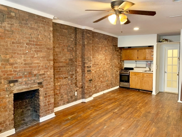 Studio, Hell's Kitchen Rental in NYC for $2,195 - Photo 2