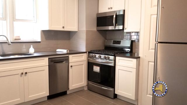 2 Bedrooms, Astoria Heights Rental in NYC for $2,750 - Photo 2