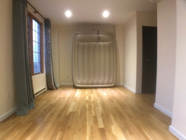 2 Bedrooms, Homecrest Rental in NYC for $2,600 - Photo 2