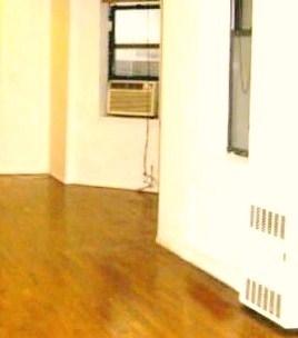3 Bedrooms, Midtown East Rental in NYC for $3,300 - Photo 1