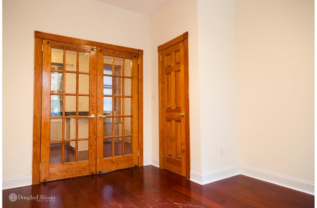 4 Bedrooms, Chelsea Rental in NYC for $6,000 - Photo 2