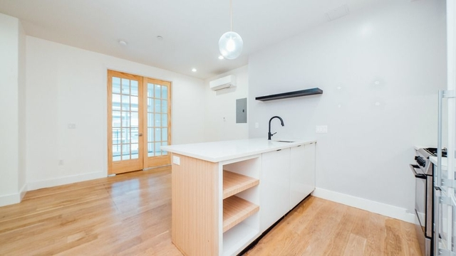 1 Bedroom, Greenpoint Rental in NYC for $2,640 - Photo 1
