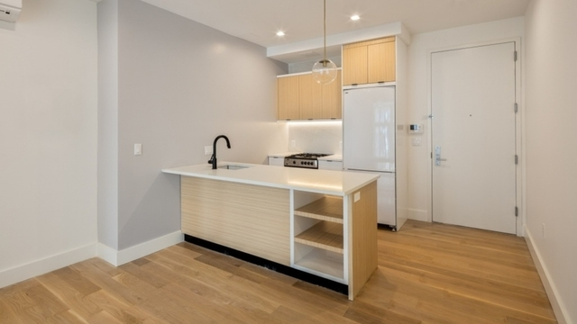 1 Bedroom, Greenpoint Rental in NYC for $2,640 - Photo 2