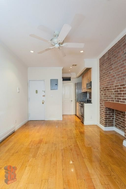 1 Bedroom, Alphabet City Rental in NYC for $2,965 - Photo 2