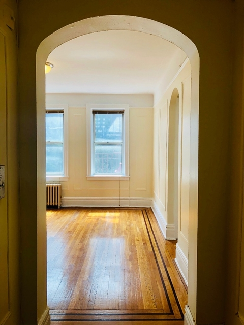 1 Bedroom, Steinway Rental in NYC for $1,995 - Photo 2