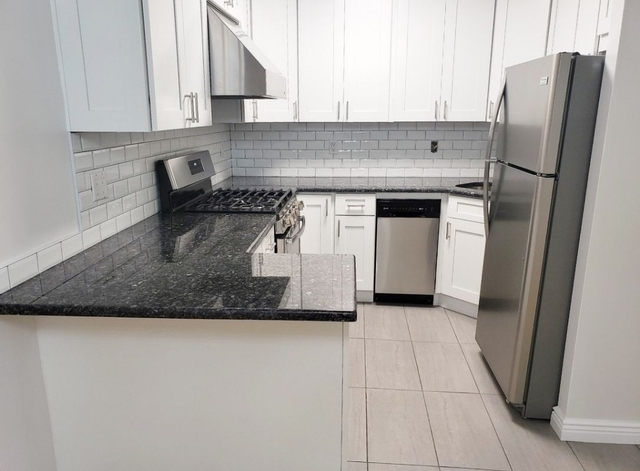 3 Bedrooms, Astoria Rental in NYC for $3,375 - Photo 1