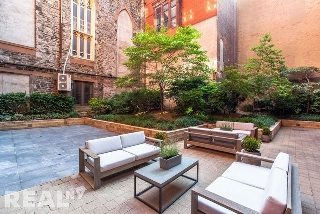 3 Bedrooms, Two Bridges Rental in NYC for $7,660 - Photo 1