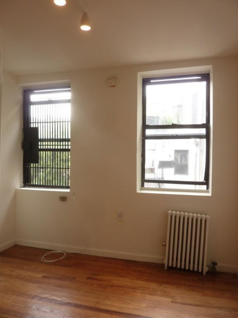 Studio, East Village Rental in NYC for $2,395 - Photo 2