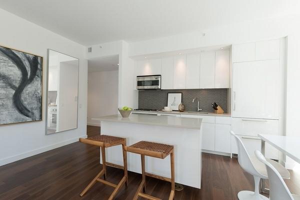 1 Bedroom, Midtown East Rental in NYC for $5,575 - Photo 2