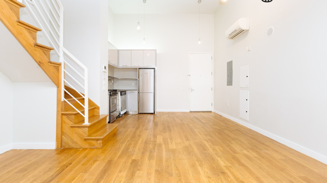 4 Bedrooms, Greenpoint Rental in NYC for $5,000 - Photo 2