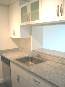 2 Bedrooms, Hell's Kitchen Rental in NYC for $5,900 - Photo 2