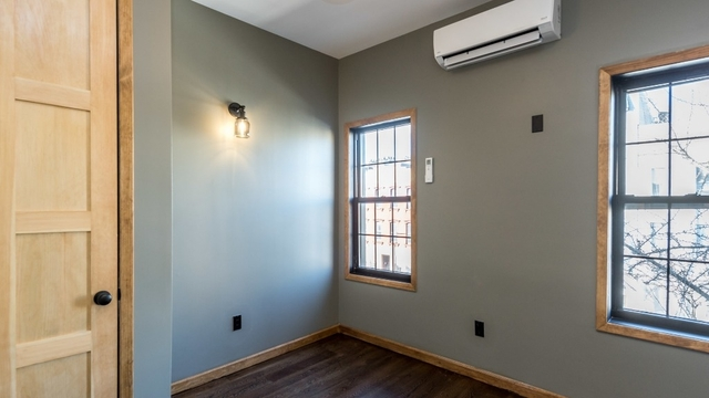 3 Bedrooms, East Williamsburg Rental in NYC for $3,995 - Photo 2