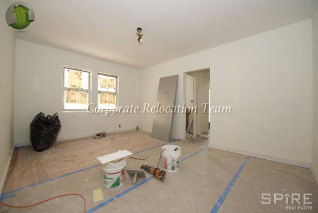 2 Bedrooms, Astoria Rental in NYC for $2,595 - Photo 2