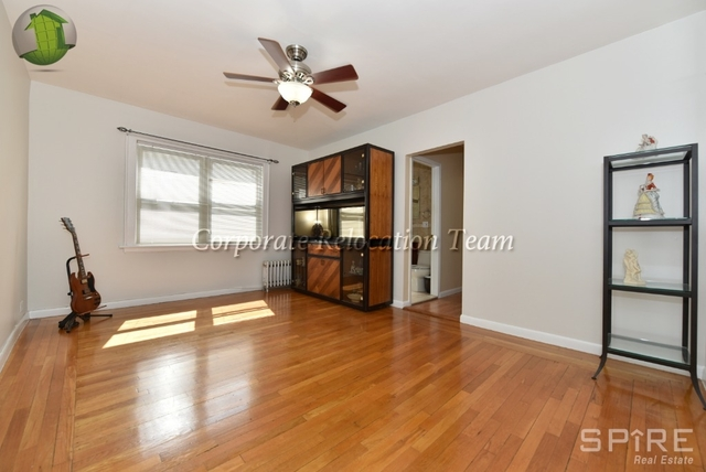 2 Bedrooms, Astoria Rental in NYC for $2,695 - Photo 2