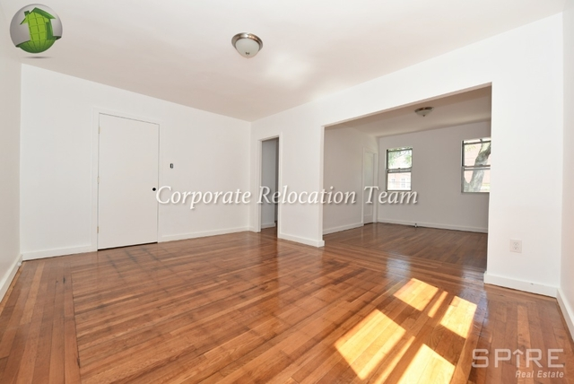 3 Bedrooms, Astoria Rental in NYC for $2,695 - Photo 2