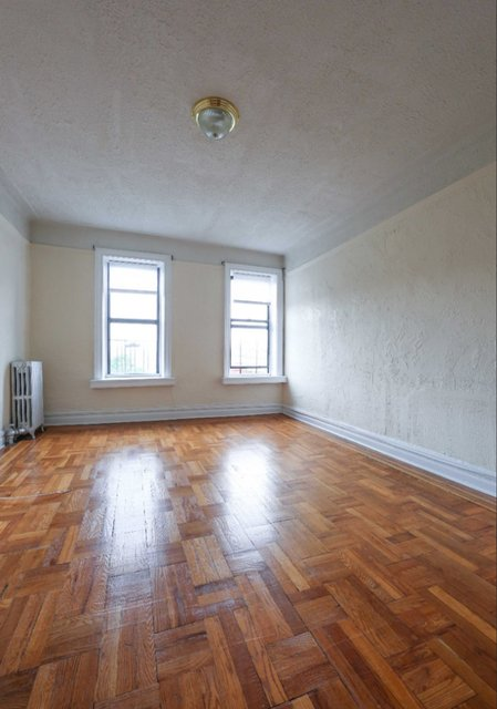 1 Bedroom, Inwood Rental in NYC for $1,975 - Photo 2
