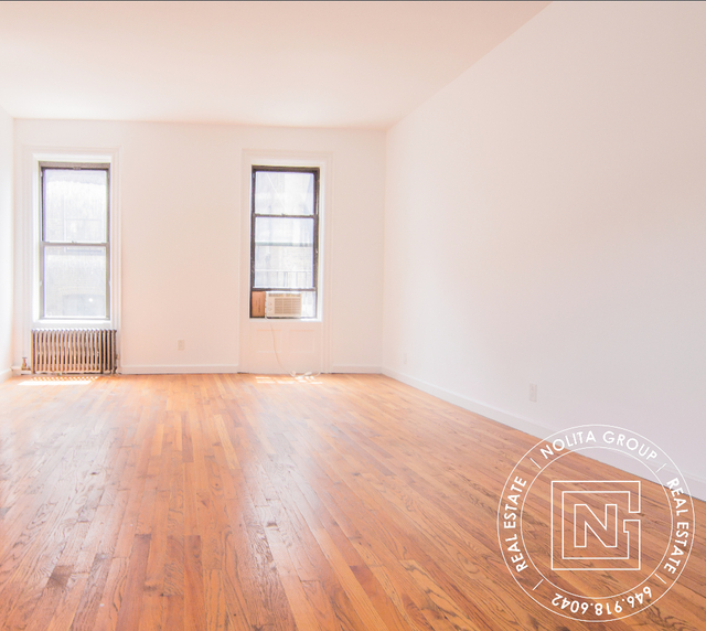 2 Bedrooms, Jackson Heights Rental in NYC for $5,200 - Photo 1