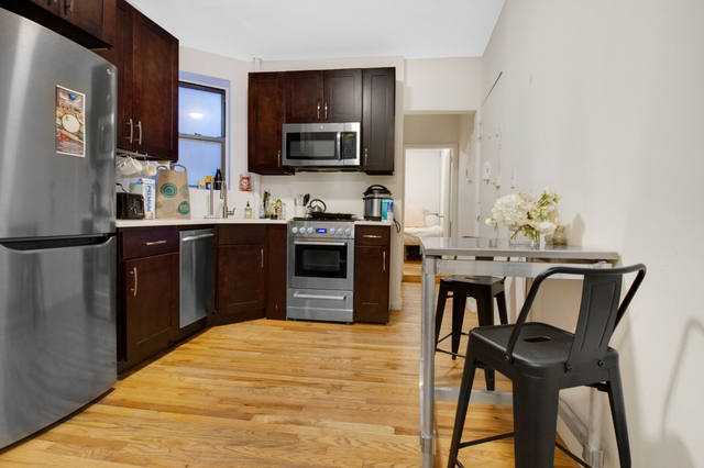 3 Bedrooms, East Village Rental in NYC for $4,800 - Photo 1