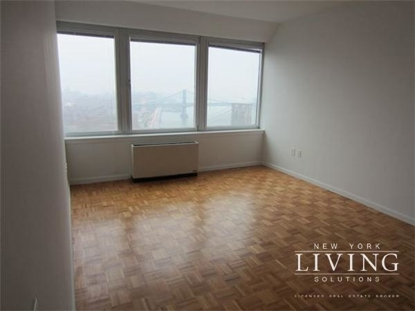 3 Bedrooms, Battery Park City Rental in NYC for $7,500 - Photo 1