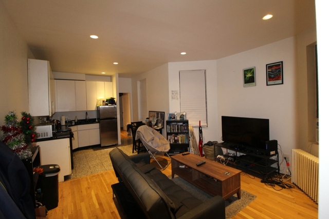 3 Bedrooms, Midtown East Rental in NYC for $4,800 - Photo 1