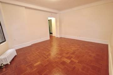 2 Bedrooms, Midtown East Rental in NYC for $4,395 - Photo 2