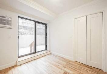 2 Bedrooms, Gramercy Park Rental in NYC for $5,000 - Photo 2