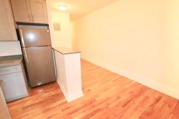 2 Bedrooms, Rose Hill Rental in NYC for $3,650 - Photo 2