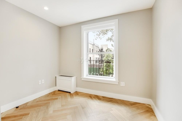 2 Bedrooms, North Slope Rental in NYC for $3,540 - Photo 2