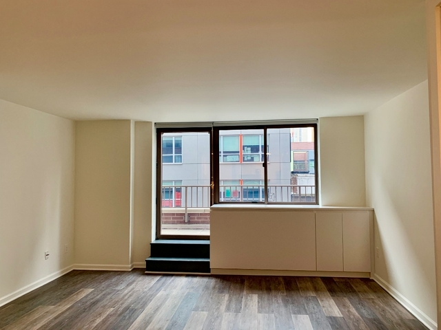 2 Bedrooms, Hell's Kitchen Rental in NYC for $4,680 - Photo 1