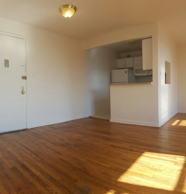 Studio, Gravesend Rental in NYC for $1,650 - Photo 2