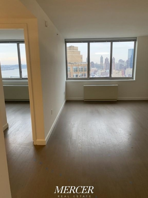 1 Bedroom, Hell's Kitchen Rental in NYC for $3,568 - Photo 1