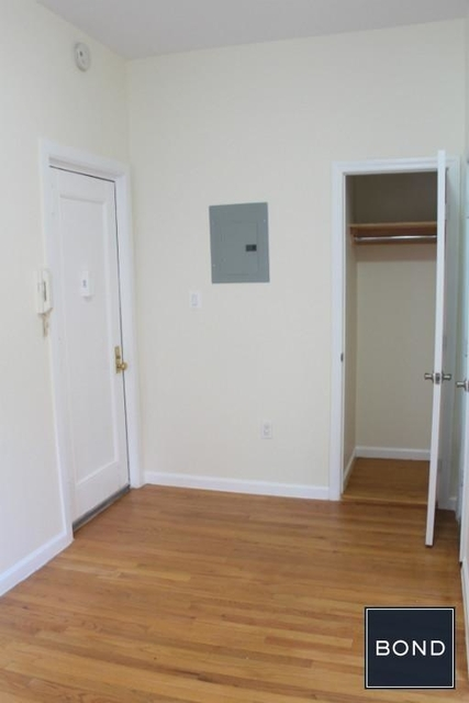 Studio, Upper West Side Rental in NYC for $2,300 - Photo 2
