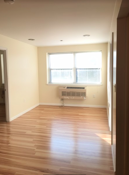 2 Bedrooms, Belmont Rental in NYC for $1,850 - Photo 1