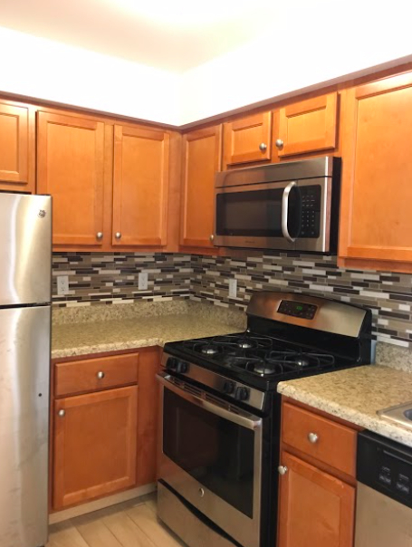 2 Bedrooms, Belmont Rental in NYC for $1,850 - Photo 2