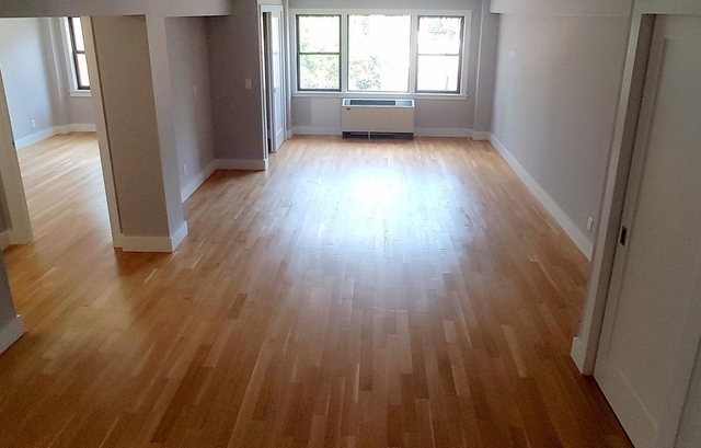 2 Bedrooms, Turtle Bay Rental in NYC for $3,435 - Photo 2