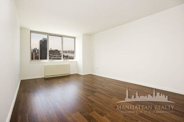 Studio, Hell's Kitchen Rental in NYC for $2,950 - Photo 1