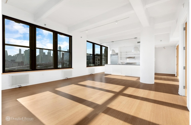 3 Bedrooms, DUMBO Rental in NYC for $7,999 - Photo 2