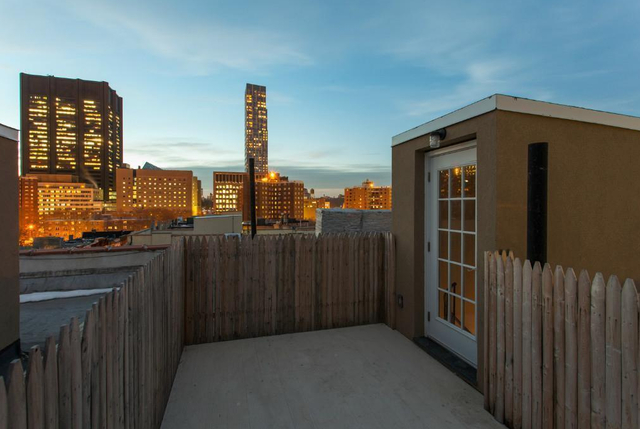 2 Bedrooms, Alphabet City Rental in NYC for $5,295 - Photo 2