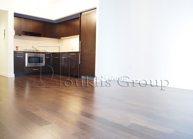 2 Bedrooms, Financial District Rental in NYC for $5,630 - Photo 1