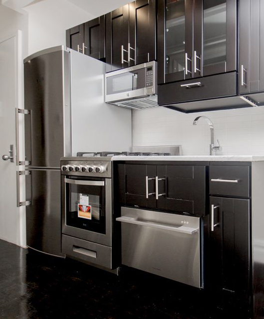 2 Bedrooms, Bowery Rental in NYC for $4,125 - Photo 2